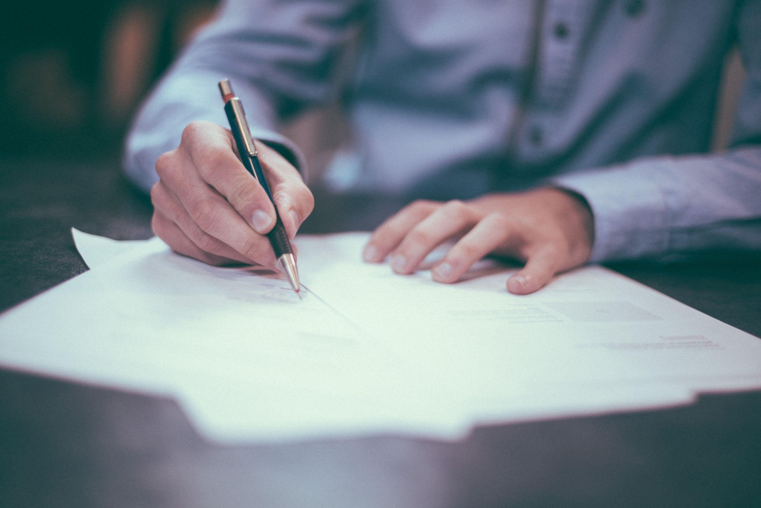 Jakie usługi świadczy profesjonalne biuro tłumaczeń?
