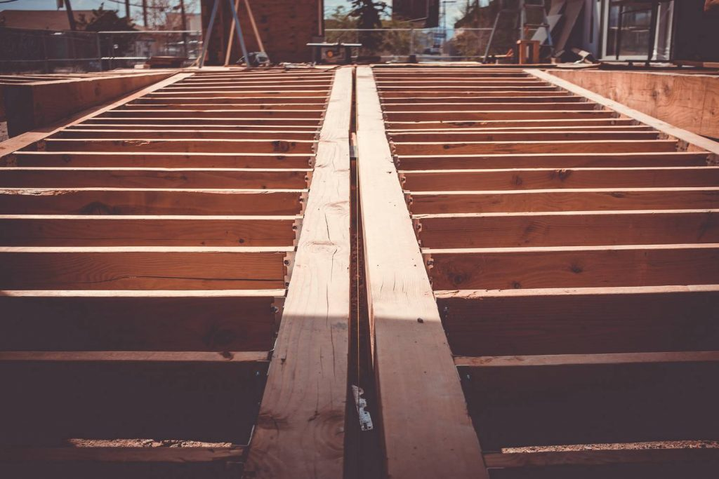 Jak zabezpieczyć drewno konstrukcyjne - co warto wiedzieć?